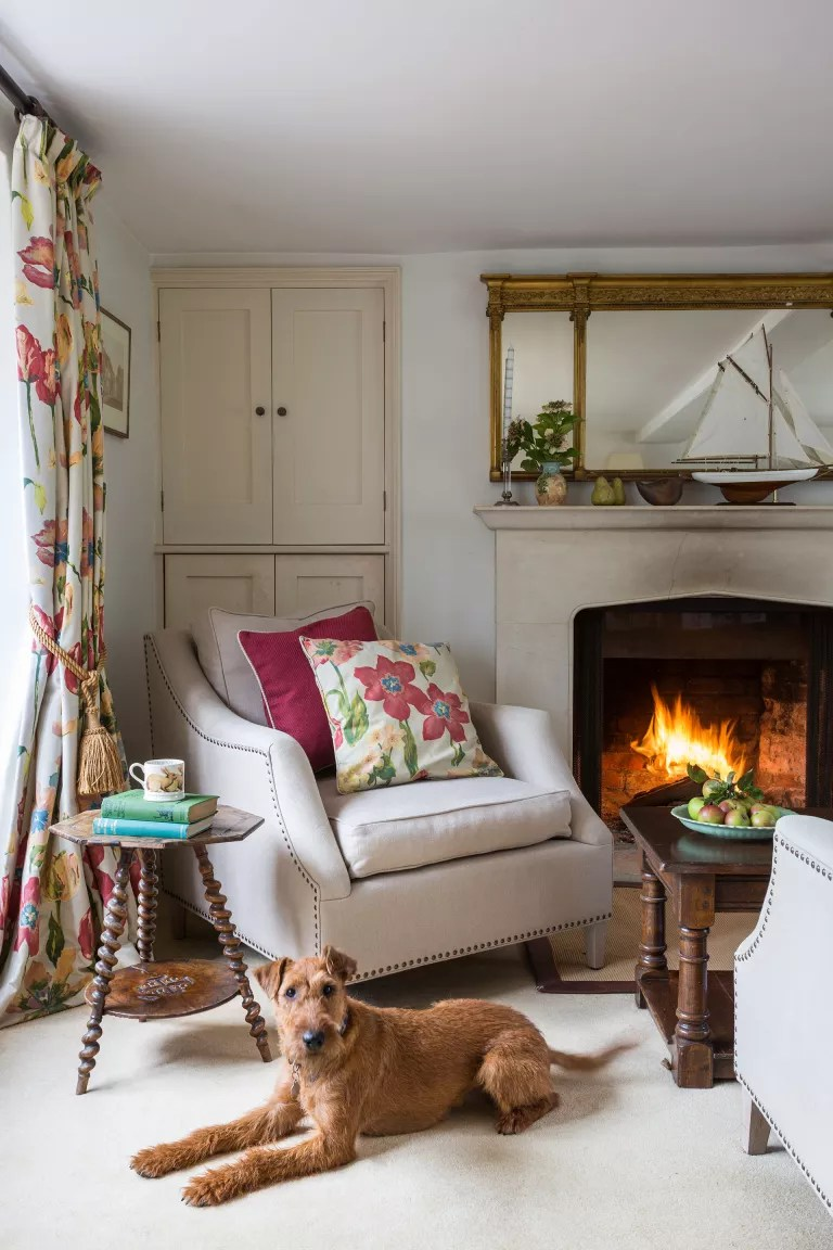 Cottage living room ideas – Buxton house living room Period Living
