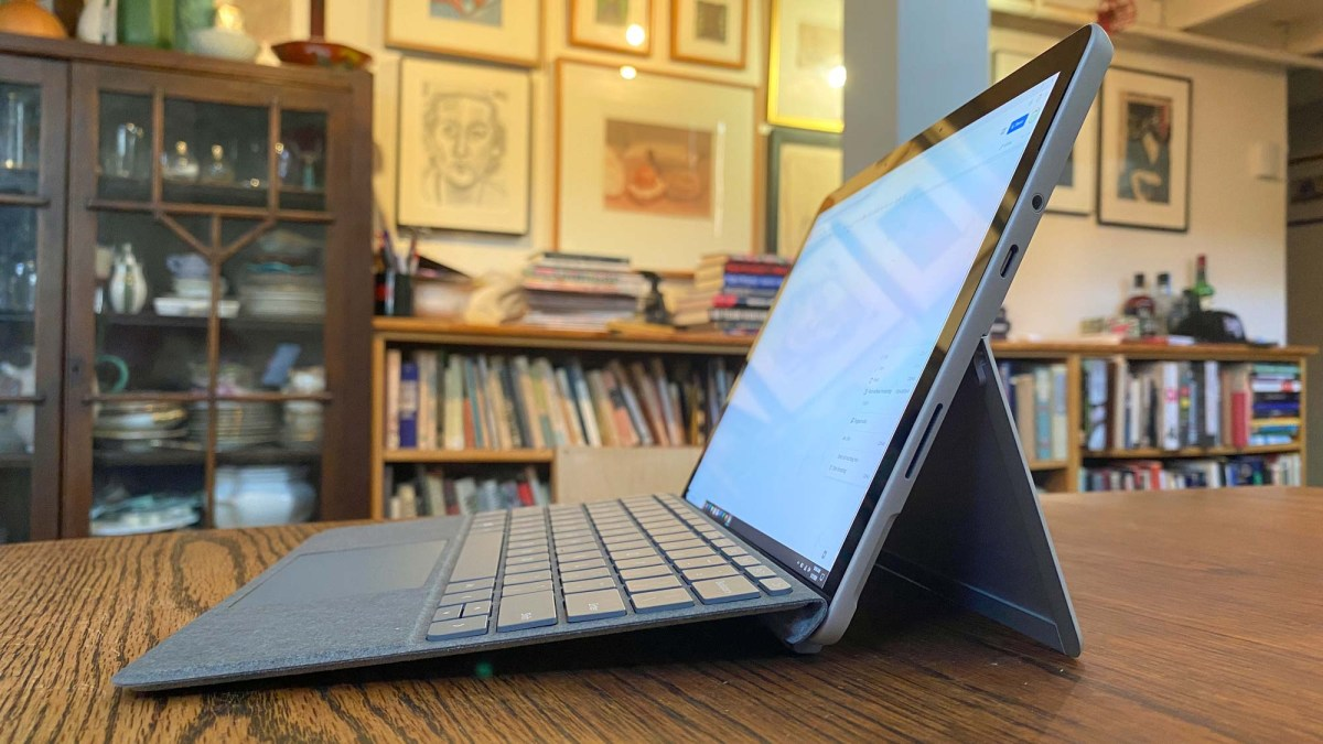 Microsoft Surface Go 2 review - side profile