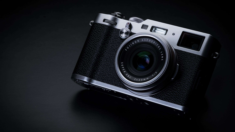 Best compact camera: Fujifilm X100F