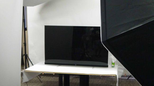 يجب الانتظار حتى عام 2020 لشراء تلفزيون OLED أرخص