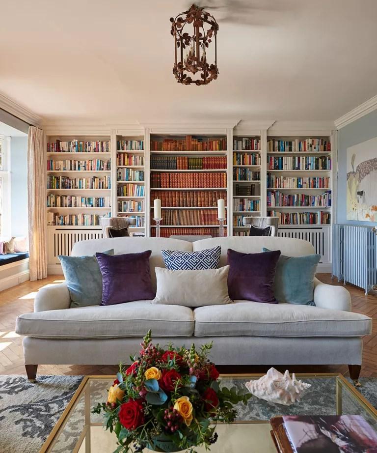 Hampshire-house-sitting-room-sofa