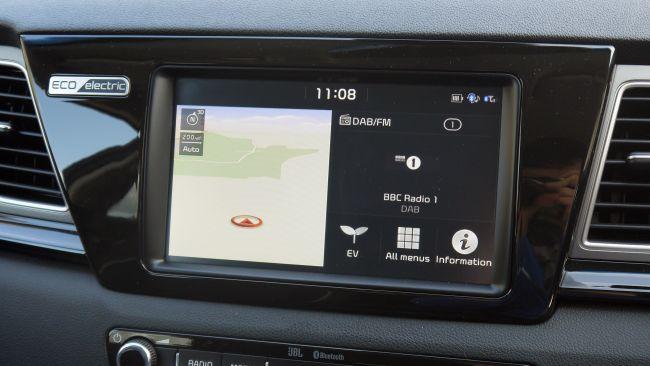 تفاصيل السيارة الكهربائية الجديدة (2019) Kia e-Niro 9
