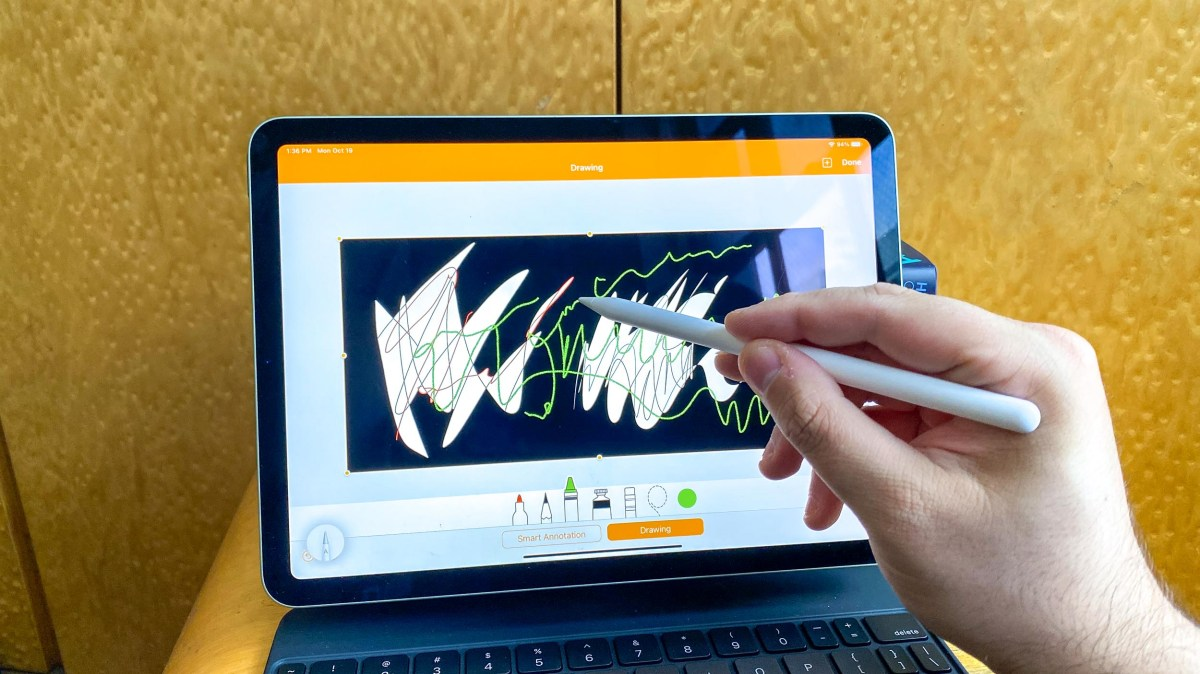 iPad Air (2020) review - apple pencil in action