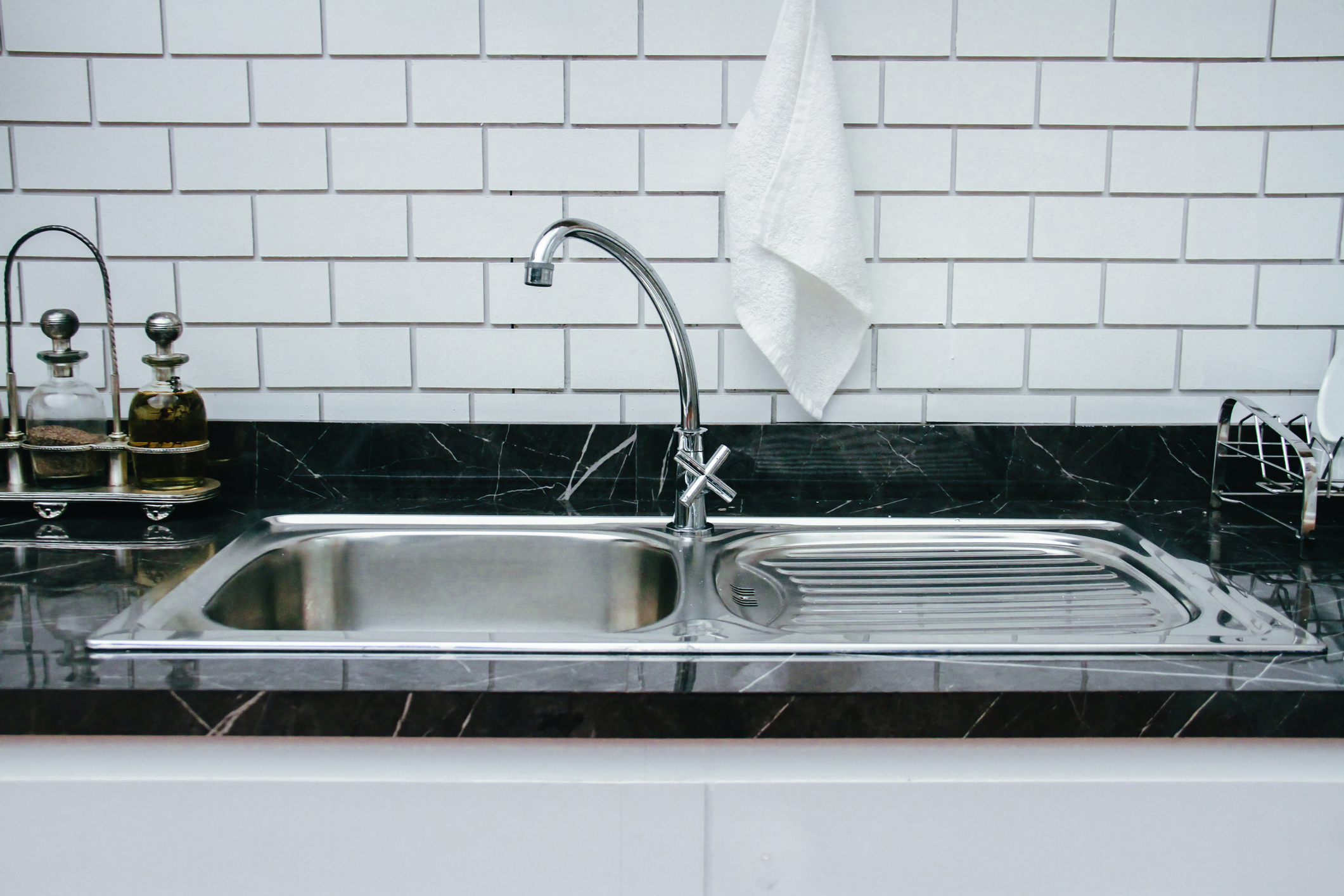 https www realhomes com advice how to clean a stainless steel sink