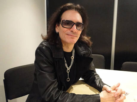 Steve Vai at conference pers