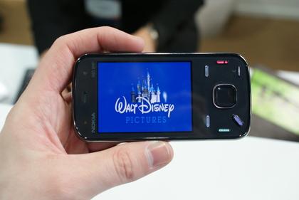Nokia N86 420 100 - TOP 10 celulares com câmeras 2010