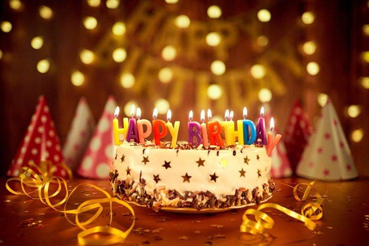 من أجمل كلام عيد ميلاد صديقتي - موسوعة