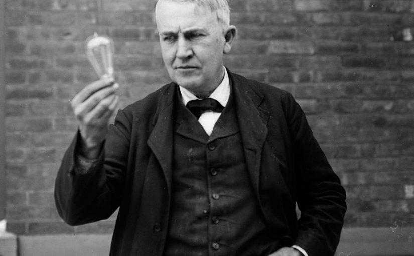 من هو مخترع الكهرباء ومخترع المصباح الكهربائي