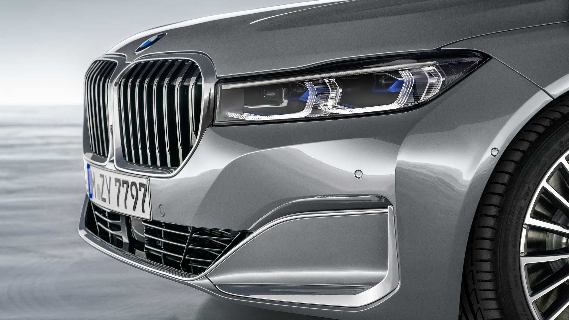 Bmw Marks 25 Years Of 12 Cylinder Engines Bmw Bmw 7 Zylinder