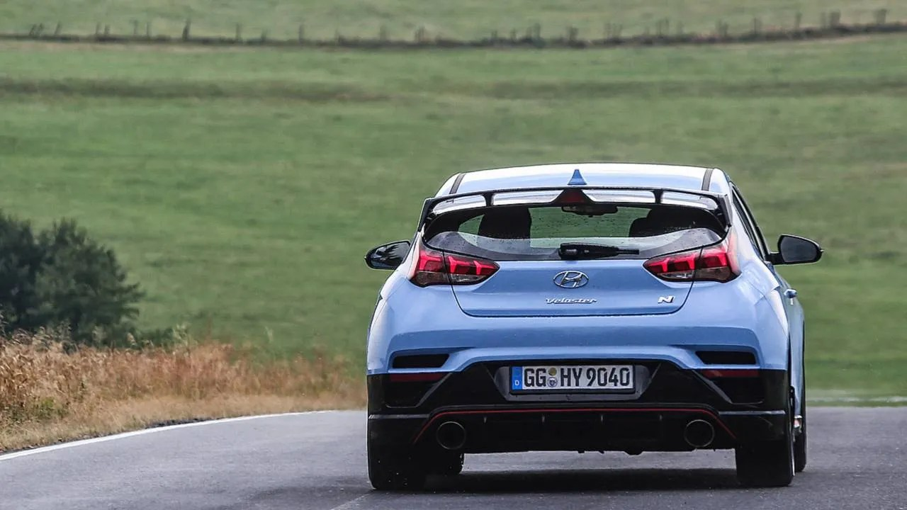 hyundai veloster n dct spotted doing