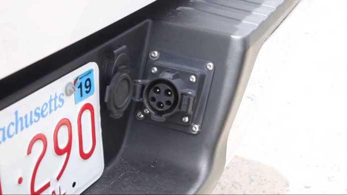 XL Fleet Turns F-150 Into Plug-In Hybrid For $9,000