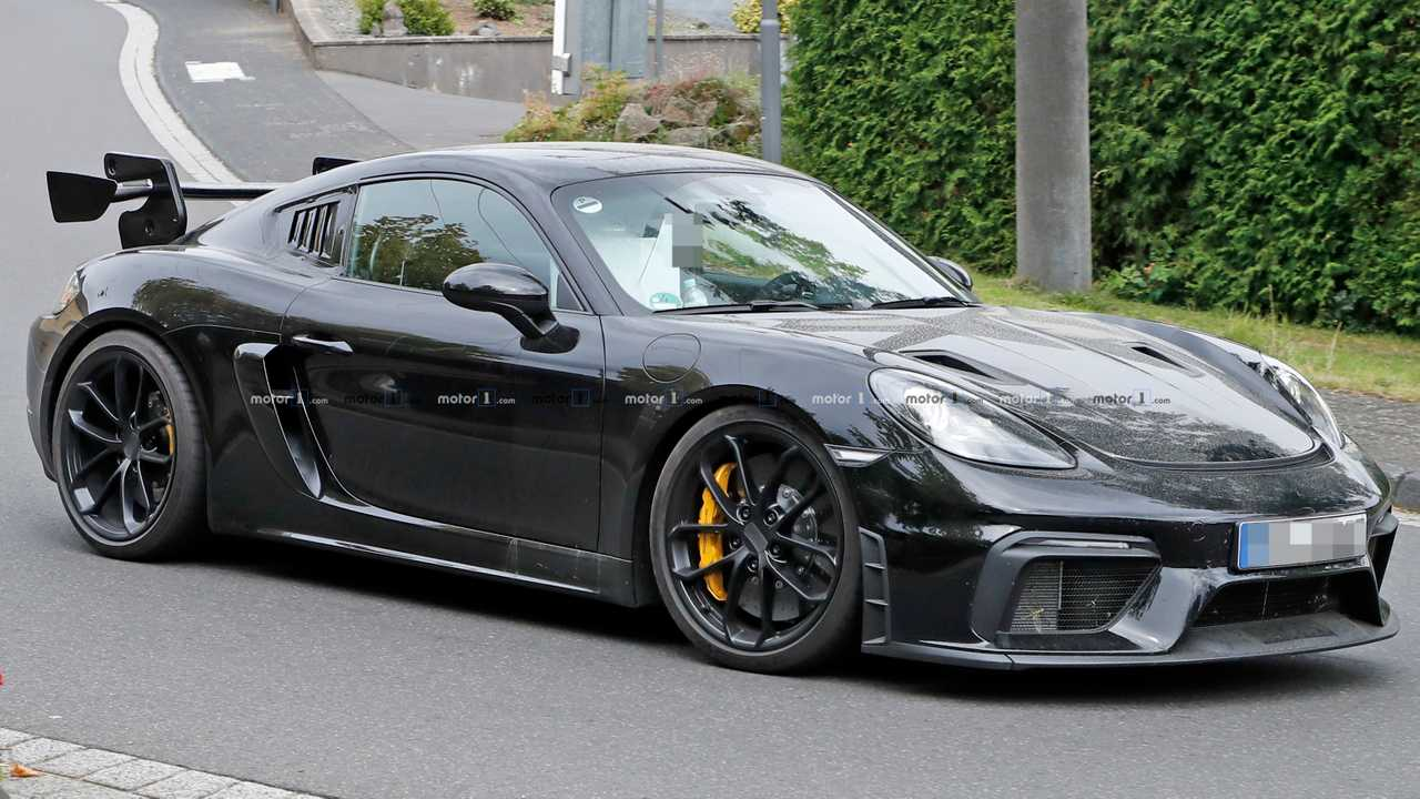 Porsche 718 Cayman GT4 RS Potentially Spied Testing At The 'Ring