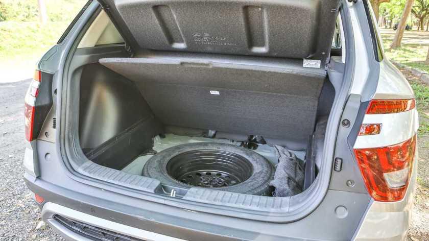 Hyundai Creta Platinum 1.0T 2022 trunk