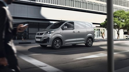 Peugeot Introduces E Traveller Ev Minivan With Two Available Batteries