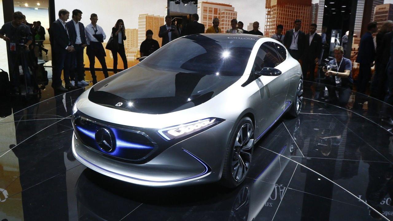 Mercedes Benz Eq A Concept Puts 249 Mile Ev In A Stylish