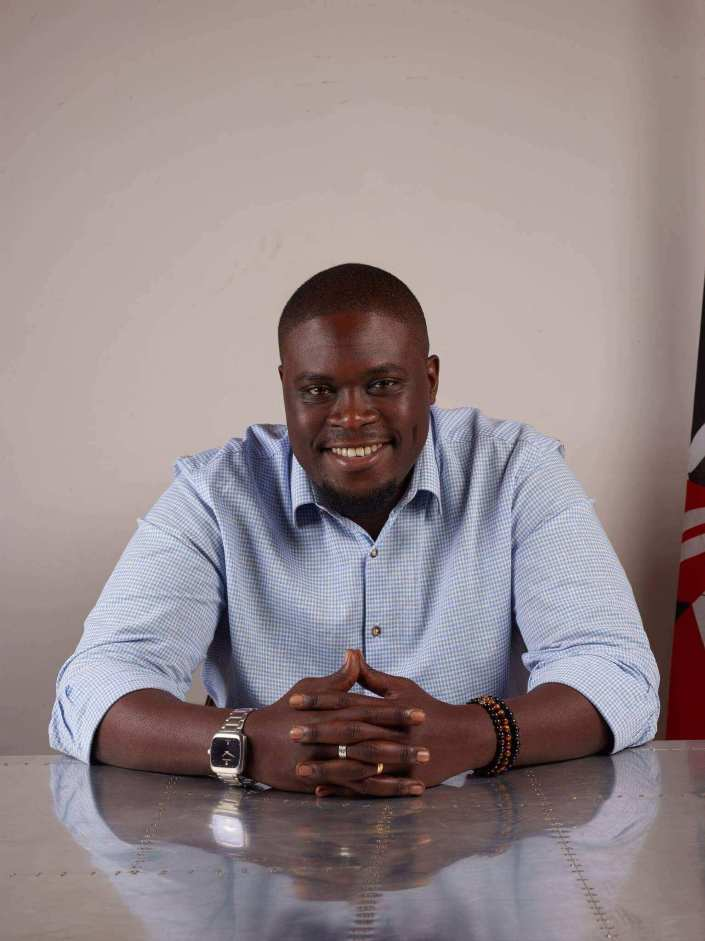 Vindu vihot! Photos of Senator Sakaja's cute dimples giving women sleepless nights