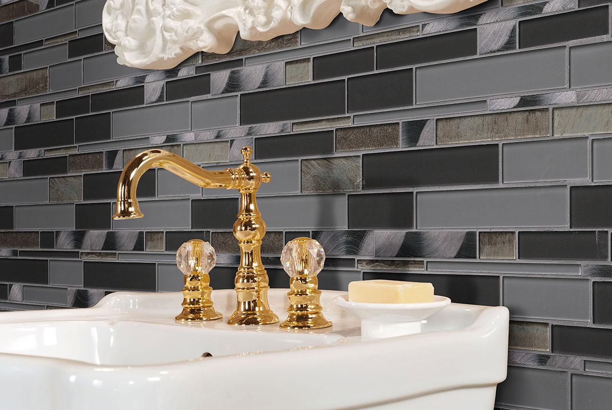 metallica interlocking pattern 6 mm glass backsplash tile
