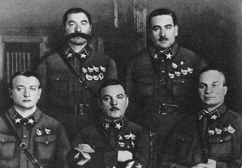 first-soviet-marshals_857x0_49c.jpg (112 KB)
