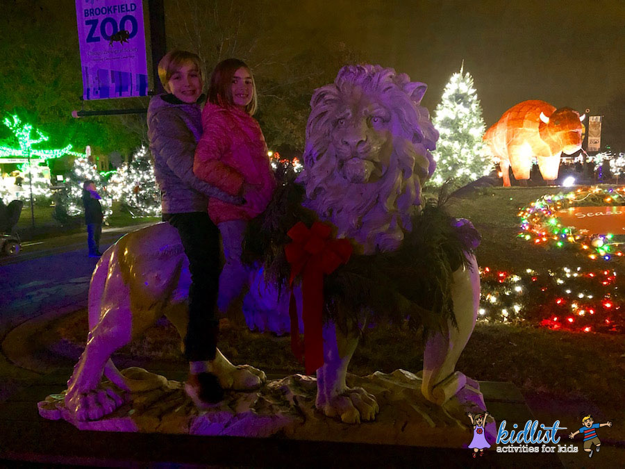 Brookfield Zoo Christmas Lights 2017