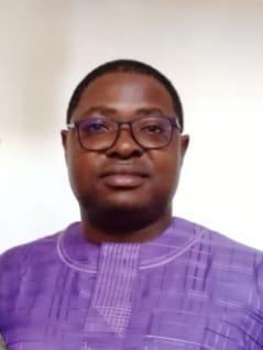 Dr David Awolala