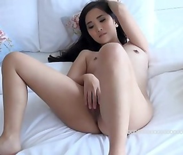 A Cute China Model Show Me Her Hole