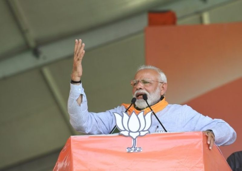 'Namdar' has called a whole community 'thief' out of his hatred for Modi