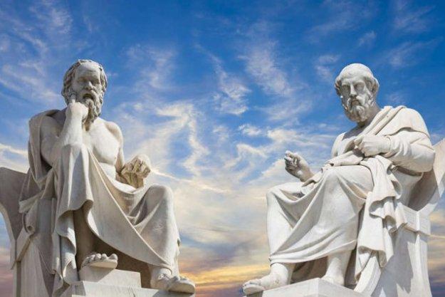 Platon iSokrates – dwóch wybitnych filozofów okresu starożytności