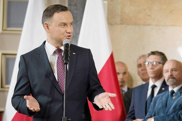 Zasłużone dla Polski osoby nie chcą odznaczeń z rąk polityka pokroju Andrzeja Dudy. Kolejne tego typu afronty chyba nie powinny prezydenta już dziwić.