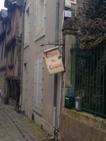 Out of the countless crêperies in Angers, the Crêperie du Chatateau is the most popular due to its cozy, quaint atmosphere and location directly across the street from the Chateau d'Angers.