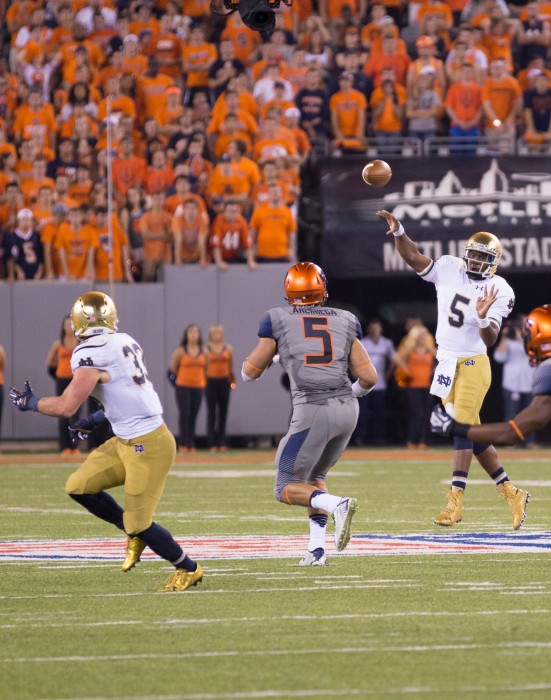Irish senior quarterback Everett Golson aims a pass downfield in Notre Dame's win against Syracuse on Saturday at MetLife Stadium.