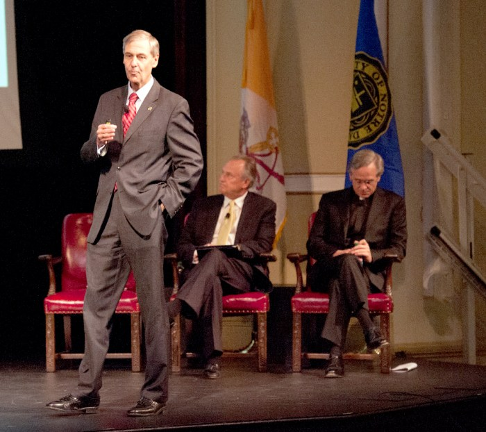 Executive Vice President John Affleck-Graves speaks at the fall town hall meeting in Washington Hall on Monday.