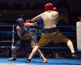 Garrity McOsker (blue) vs. Ryan Dunn (gold). Michael Yu | The Observer