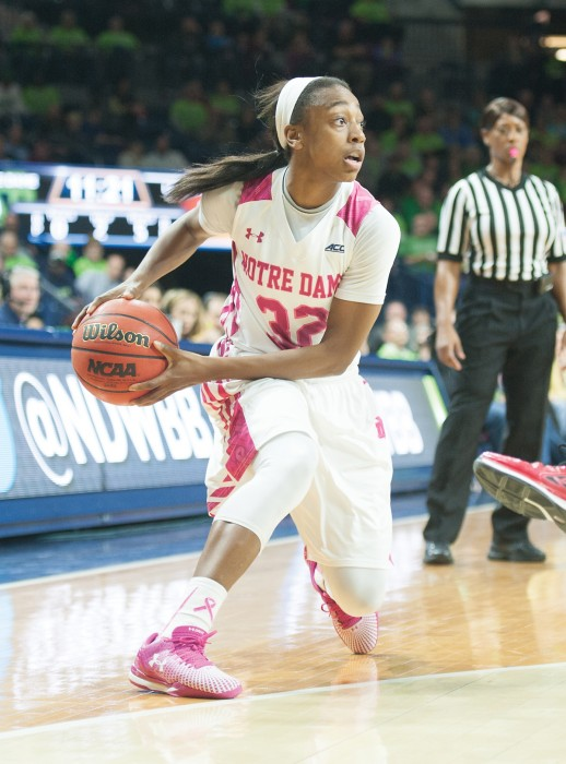 Irish junior guard Jewell Loyd makes a cut during Notre Dame's win over Louisville on Feb. 26.