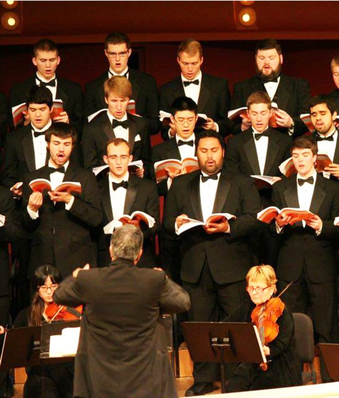 "The Notre Dame Chorale performs Handel's ""Messiah"" last year at the DeBartolo Performing Arts Center."