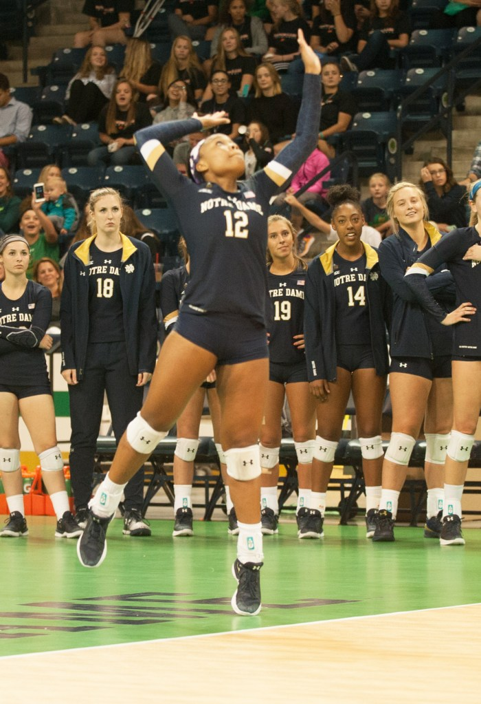 Irish sophomore outside hitter Jemma Yeadon serves the ball during Notre Dame's 3-1 win over Valparaiso on Aug. 25 at Compton Family Ice Arena.