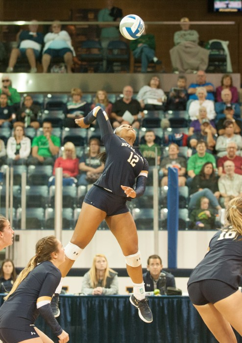 Irish sophomore outside hitter Jemma Yeadon attempts a kill during Notre Dame's 3-1 win over Valparaiso on Aug. 25.