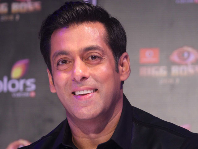 Salman Khan: Shah Rukh is welcome to promote his film on Bigg Boss