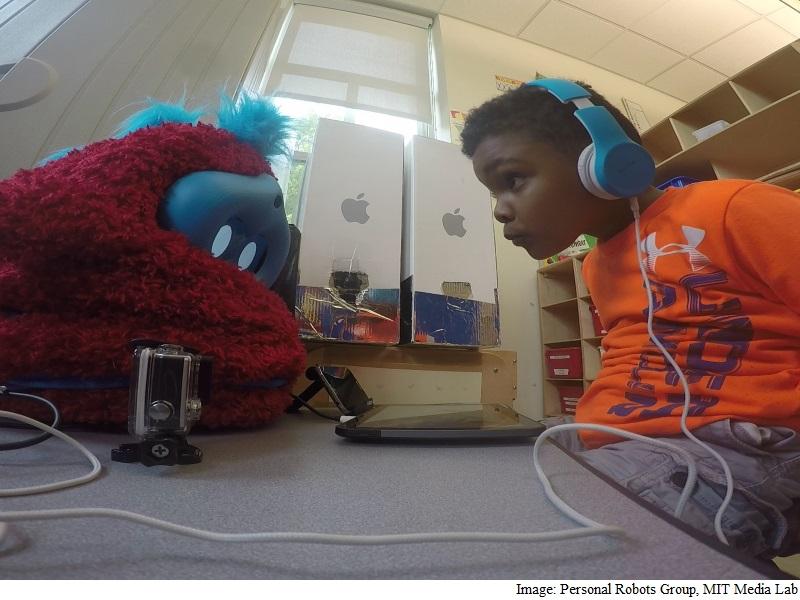 New 'Social' Robot Can Teach Better Than Humans: Study
