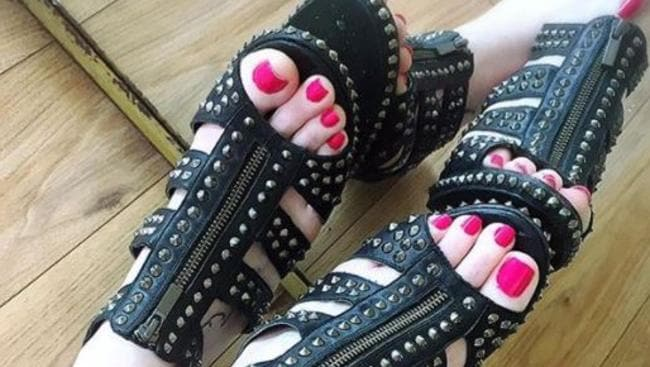 Jessica Gould Instagram Star S Feet Earn Her 90k A Year Daily Telegraph
