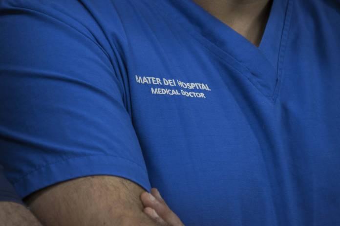 Mater-Dei-Hospital-Doctor-Nurse