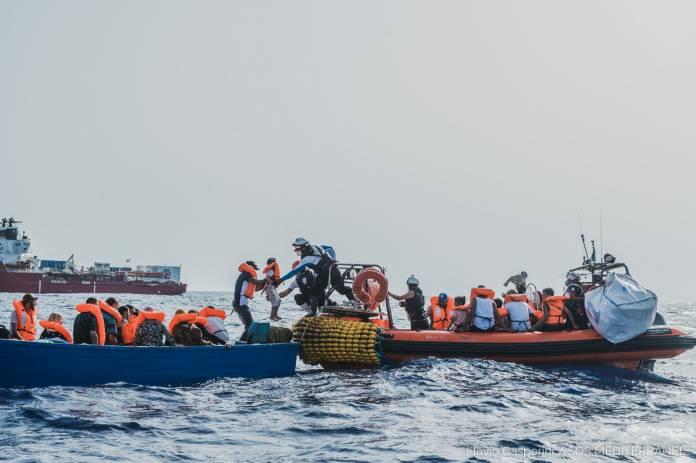 immigranti salvataġġ
