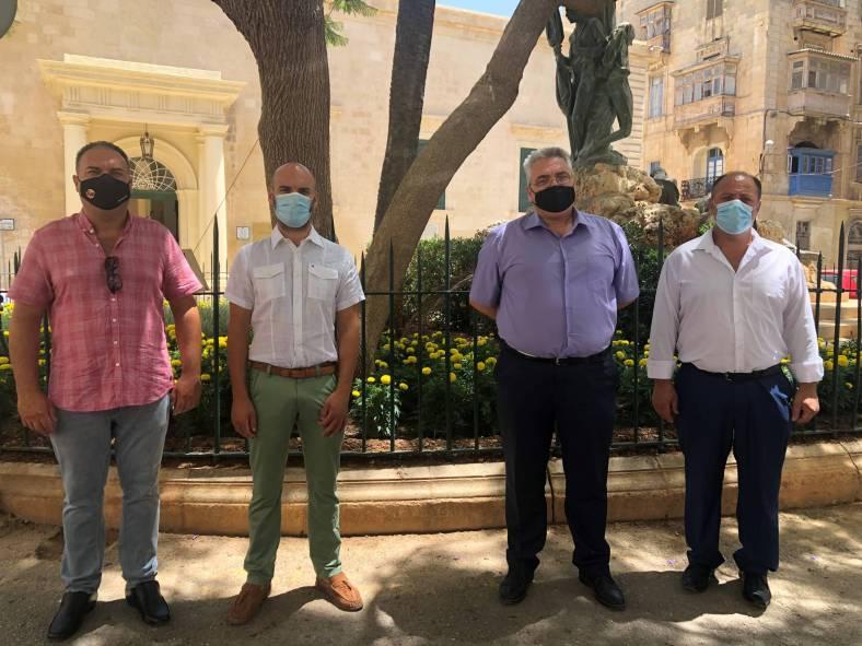 ħaddiema tas-saħħa GWU