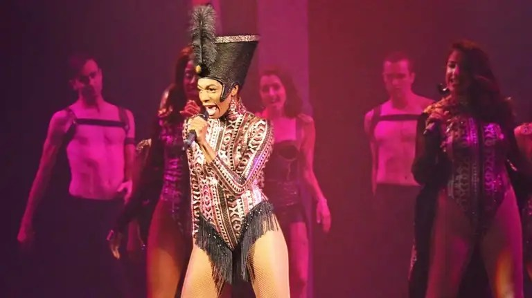 'The Bodyguard' review: Whitney Houston's songs almost ...