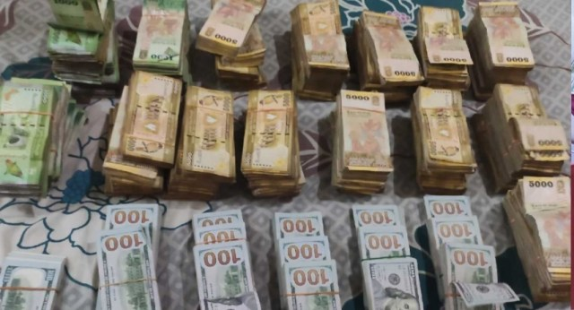 Police raids cash house in Dematagoda; seized more than Rs. 50 Million in currency notes