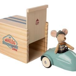 Mouse car with garage - blue by Maileg