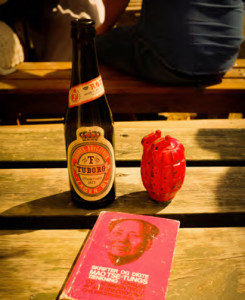 Three building blocks of Morgenrøde - beer, Maoism and revolution (Play, Jonas Trier-Knudsen)