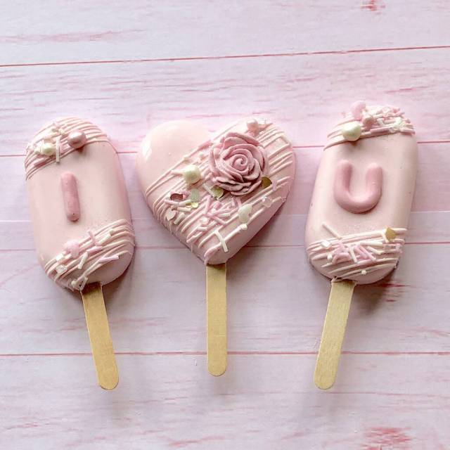 Valentines Cakesicle Gift Box By Popalicious Cake Pops | notonthehighstreet.com