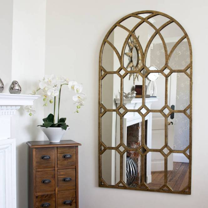 Fabulous Round Mirror Wall Decor Featuring Unique Hammered Metal Frame