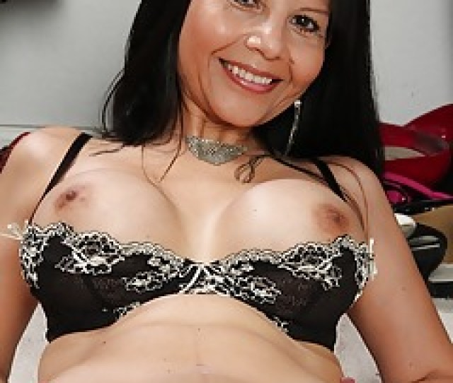 Sexy Asian Moms Naked Reshma Naked Sex Blue Film