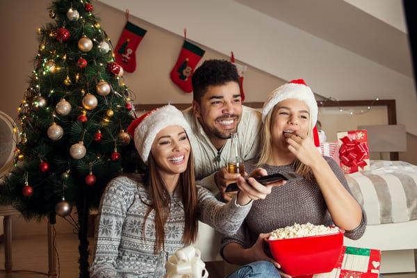 Friends bingewatching Christmas Tv shows